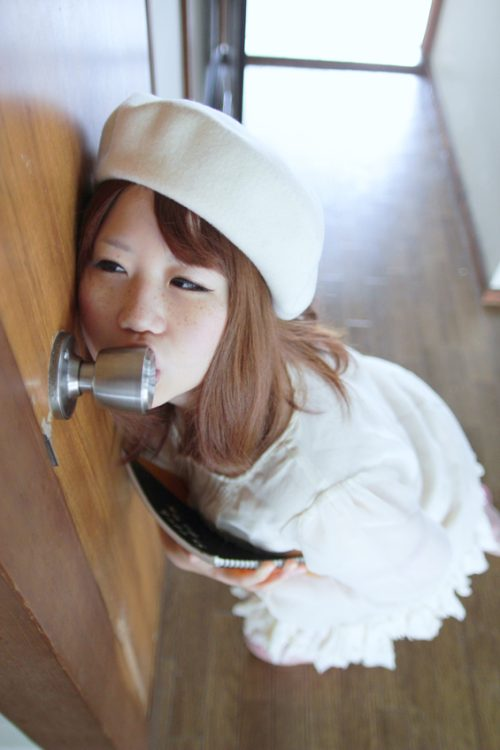 Japanese girls licking doorknobs