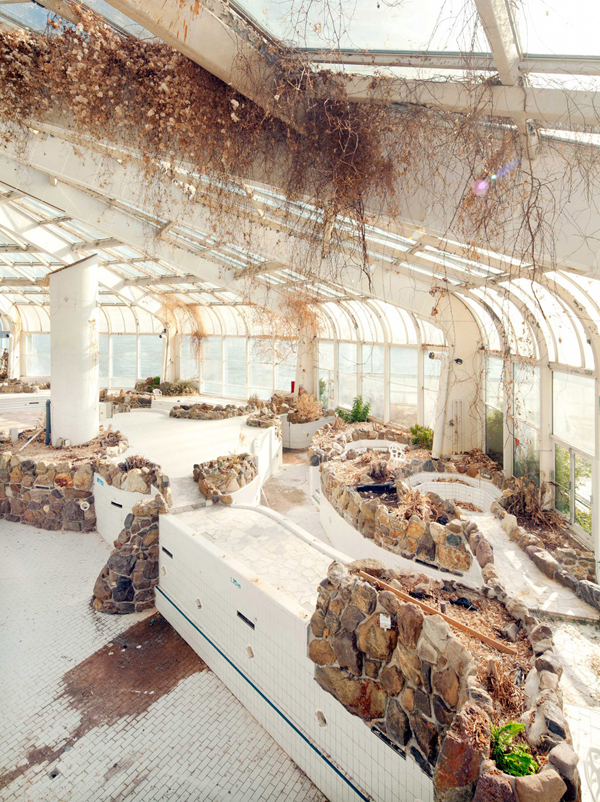 abandoned tropicana water park