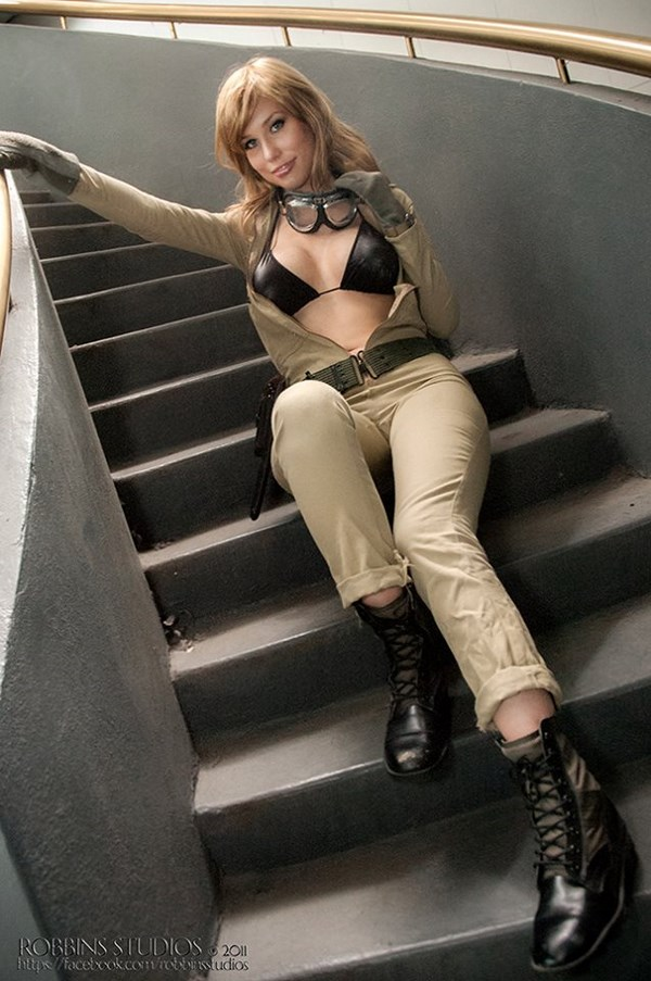 crystal graziano cosplay model