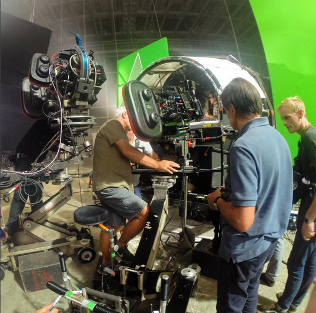 Behind The Scenes Pictures From Star Wars The Force Awakens