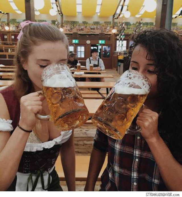 The Girls Of Oktoberfest