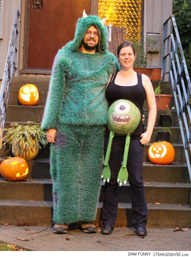 funny pregnancy Halloween costume  sc 1 st  Strange Beaver & Fuuny And Clever Halloween Costumes For Pregnant Women u2013 Strange Beaver