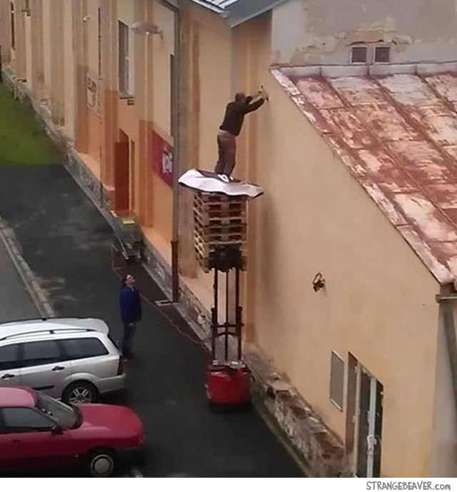 Funny stupid work safety fail